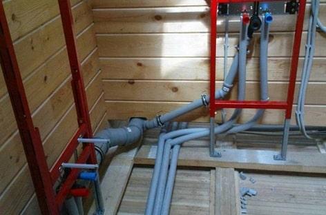 Фото 17: Разводка трубопровода в доме