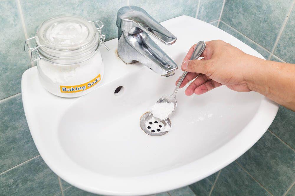 Способы чистки засоров в канализации содой