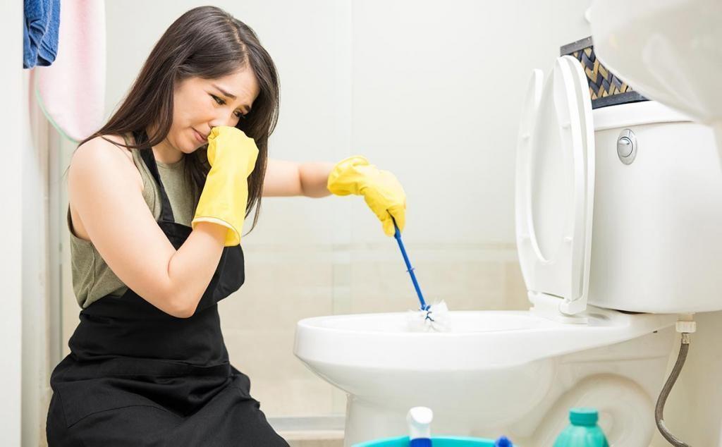 Запах от септика в ванной